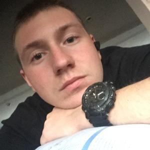 Денис, 22 года, Алушта