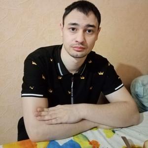 Малик, 23 года, Барнаул