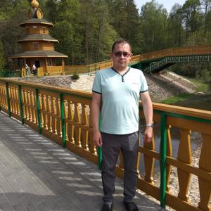 Олег, 32 года, Нурлат