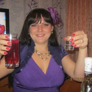 Алёна, 32 года, Екатеринбург