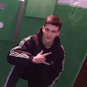 Олег, 24 года, Казань