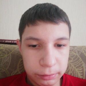 Артём, 21 год, Губкинский