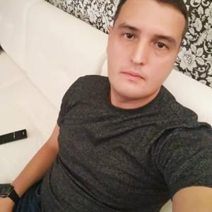 Максим, 32 года, Орск