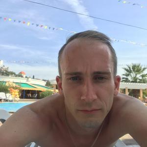 Денис, 28 лет, Сарапул