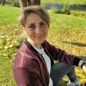 Ольга, 34 года, Псков