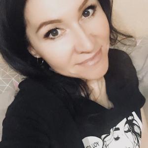 Юлия, 47 лет, Новосибирск