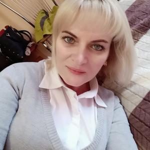Виктория, 45 лет, Псков